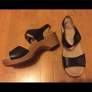 Dansko size 38 sandals with a clog heel